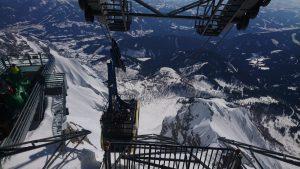Jízda na střeše kabiny na Dachstein